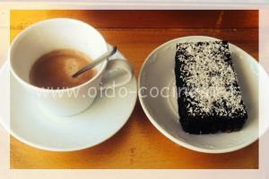 Coca de chocolate microondas racion